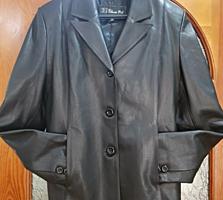 Кожаная куртка-пиджак, черного цвета
