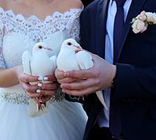 Продам свадебное платье со шлейфом!