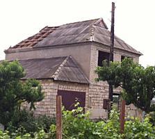 Продается 2-этажный недостроенный дом в Кицканах. Центр 29 соток