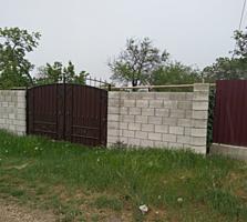 Дом саманный ул. Коммунаров участок 6,6 соток. Вода, электроснабжение.