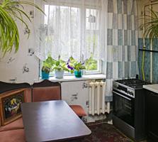 Apartament cu 2 nivele, 3 camere, de mijloc, et. 3/9, 75 m2, Botanica.