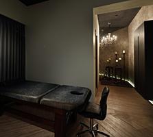 Сниму помещение в центре (20-50 кв. ) под кабинет массажа/косметологии.
