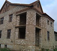 Продам домик в Парканах