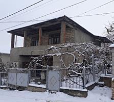 """Vind casa buna trainica facuta """"на совесть"""" 75.000 euro"""