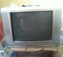 Продам ТВ Greeze почти новый.