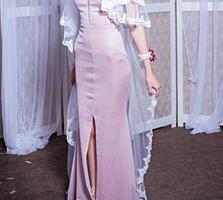 Вечернее платье, торг уместен