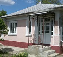 Продам дом - хорошее место, хороший ремонт! Торг
