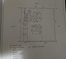 Продаю дом с. Ульма с минифермой, три гаража, один для фуры (26000$)