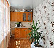 Дом и жилая летняя кухня на 6,5 сотках на Кирпичах