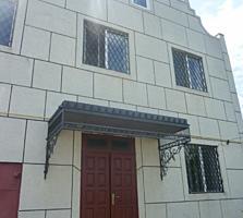 Продам 2-этажный котельцовый дом с гаражом, мансардой в центре Суклеи!