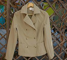 Продам новый с этикеткой, пиджак, размер М, (ISAAK MIZRAHI), 120 лей.