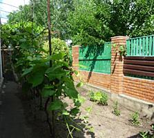 Продам дом с гаражом, 2 сотками земли в Тирасполе на верхнем Кировском