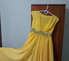 Продам вечернее платье, размер 42 - 46.