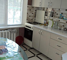 Продам двухкомнатную квартиру на Балке в районе Галиона.