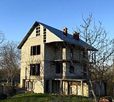 3-эт дом-недострой в Вадул луй Водэ. Котельцовый дом с видом на Днестр