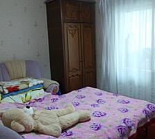 Apartament cu 2 camere la Buiucani. 58 m2, et. 5/9, foarte curat.