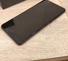 Мобильный телефон Сяоми  Mi Note 3.