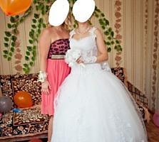 Продам шикарное платье не венчанное!