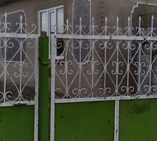 Vînd casa urgent în centrul satului Geamăna R. Anenii Noi