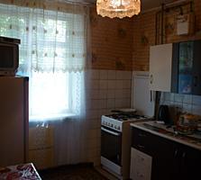 Продаю просторную 3-хкомнатную квартиру на 1-м этаже