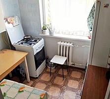 Apartament cu 2 camere, etajul 4 din 5,sectorul Botanica, str. Zelinsk