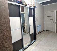 Продам 2-комнатную квартиру, с евроремонтом, автономным отоплением.