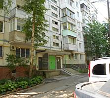 Центр Рышкановки, Богдан Воевод-Московский пр-кт. 135 серия, 3/9 этаж.
