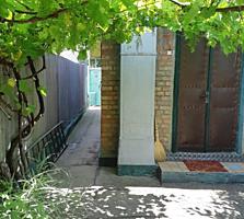 Продам кирпичный дом с гаражом в Тирасполе на Кирпичах!