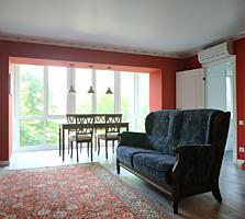 Продам 3 комнатную квартиру с дизайнерским ремонтом, рн Ситицентра