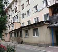 Буюканы, ул. Сучевица, санузел и балкон, этаж 3/6, 7500 Евро