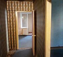 Продам 3 комнатную квартиру Ворошиловский р-н