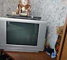 Телевизор LG цена договорная