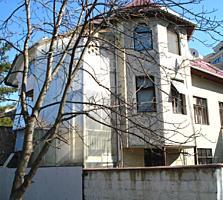 Дом в уникальном месте. ул. С. Лазо (100 м выше Шт. чел Маре)