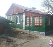 Продаётся дом с земельным участком в (г. Кишинев) центр Сынжеры
