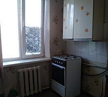 Двухкомнатная квартира в районе Кировского.