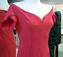 Se vinde rochie eleganta din colectia Isabel Garcia.