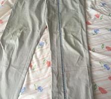 2 perechi de pantaloni legeri, comozi, calitativi, de firmă, în stare
