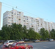 Apartament bilateral cu 3 odai, 63,3 m2. Sec. Riscani! Bd. Moscova!!!