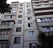 Дачия, 2-ком., 52 м2, 2 балкона, жилое состояние! Супер место!