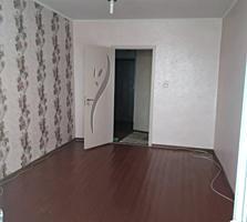 Продаю 2- комнатную квартиру в центре (12500$) Возможна рассрочка