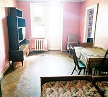 Срочно! 2 комнатная квартира на Бородинке.