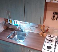 Продам полуторную квартиру на Бородинке