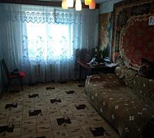 Продается 3-комнатная на Бородинке, 68/52/7.5, 4 этаж.