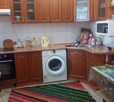 2-комнатную квартиру с большой кухней