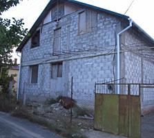 Продаю 1,5-этажный дом-дача 117кв. м. на 5,6 соток земли.