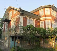 Продаю 2-этажный дом с мансардой 182кв. м. на 17 соток земли