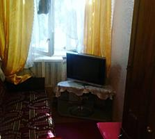 Продам 1 комнатную квартиру на красных казармах недорого