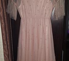 Продается новое платье