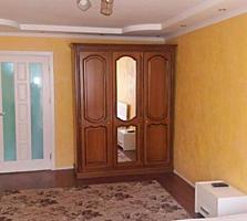 Apartament cu 2 odai - 54 m. p., Dacia, euroreparatie noua.