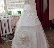 Продам свадебное платье с шубой